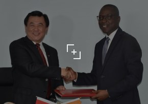 protocole d'accord aérien avec le Vice-Ministre en charge de l'Administration de l'Aviation Civile de la république populaire de Chine